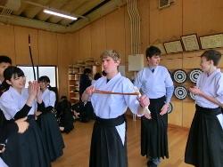 『初めての 弓道体験(2)』